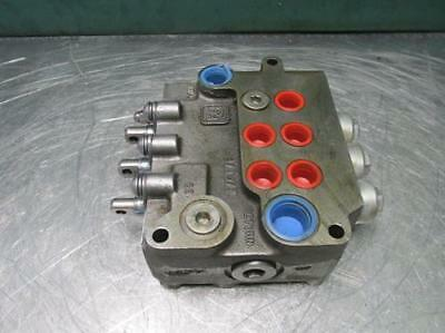 Parker Hannifin VDP11PDD92 Hydraulic Directional Control Valve 3 Spool