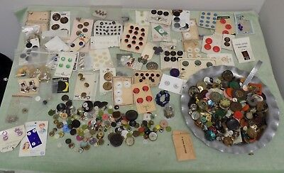 Huge Lot Antique Vintage Assorted Buttons Wood, Metal, Rhinestone, Lucite ~ NICE