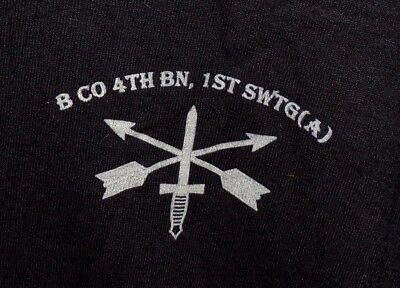 US ARMY SHIRT - B Co. 4th BN 1st SWTG (A) - MEDIUM - UNWORN - SPECIAL FORCES