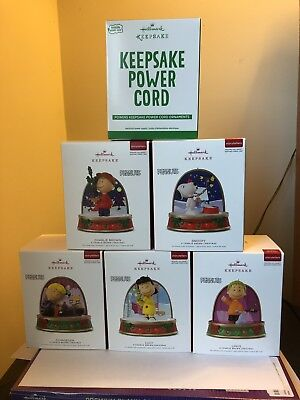 """2018 HALLMARK """"PEANUTS"""" """"STORYTELLERS"""" Complete Set Of 5 With Power Cord!!  NEW!"""