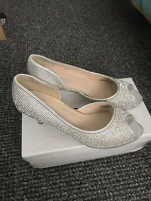 Womens Silver Wedding Shoes Size 6 New In Box