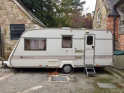 Bailey Pageant CD Moselle Caravan with Porch Awning (1994)