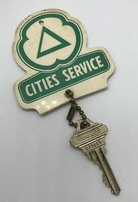 Vintage CITIES SERVICE OIL CLOVER LEAF GAS Key Chain Fob with Key - Large Size