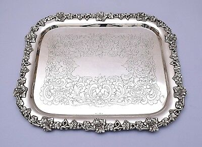BEAUTIFUL SOLID SILVER TRAY. HAND ENGRAVED. WEIGHT: 1214 grams / 42.82 ounce