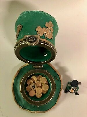 """Boyd's Bearstone  Lucky""""s Tophat w/Paddy McNibble Treasure Box 4026264"""