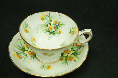 Hammersley England Bone China, Tea Cup and Saucer Narcissus flowers