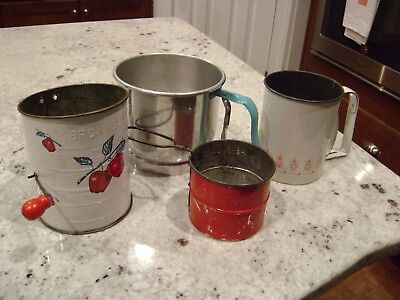 Lot of 4 Vintage Kitchen Flour Sifters Bromwell's Foley Androck