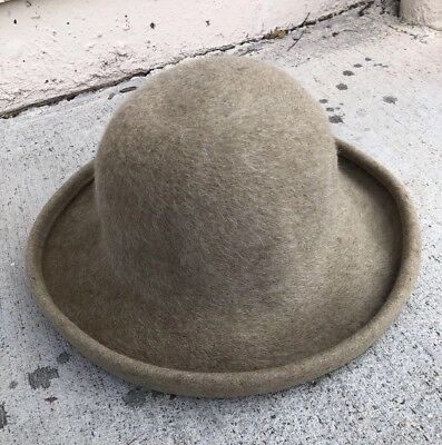 Preowned Eric Javits Wide Brim Squishee Camel Colored Wool Felt Hat vintage  ( ) b55d4889dda
