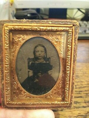 Antique Daguerreotype Photo Of Gorgeous Little Girl With Pigtails 1/2 Case