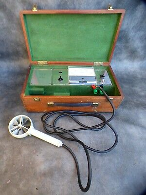 A Good Working Isn Dc1 Battery Powered Wind Anemometer In Wooden Case