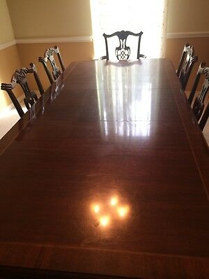 Antique dining table - hand carved details- 2 insertable leaves.