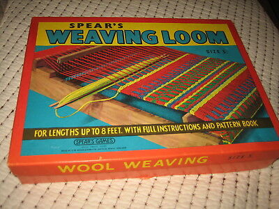 Vintage Spear's Weaving Loom Size 3 Very Nice Pattern Book And Box