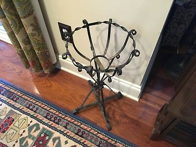 Antique Vintage Scrolled Wrought Iron Plant Flower Fern Stand