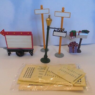 Department 56 VILLAGE ACCESSORIES #5652811 SET OF 5 Signs to Personalize NEW