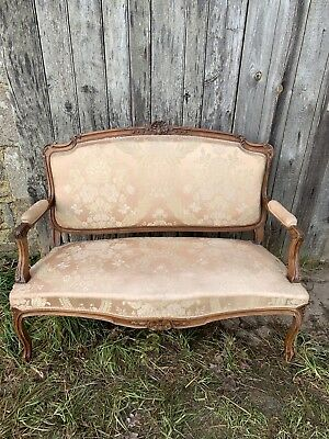 Antique French Louis XV Style 2 Seater Sofa In Silk Damask
