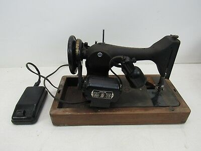 Vintage Singer Sewing Machine Portable w/ Wooden Case - PARTS ONLY