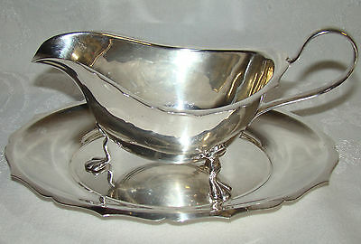 Vintage Yeoman Silverplate ENGLAND  3 Footed Gravy Boat with Liner Saucer