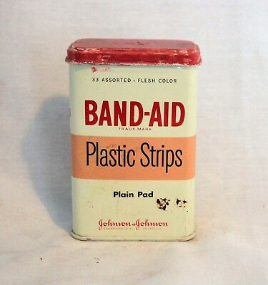Vintage BAND-AID Plastic Strips Bandages Tin Box, 33 Assorted Plain Pad
