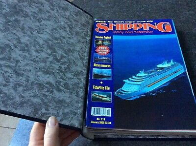 Shipping in focus magazines in folder no. 119-130 2000
