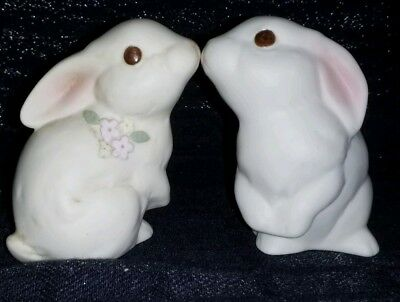 Vintage set Oxford Porcelain Bunny Figurines