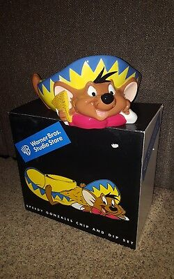 Warner Brothers 1999 Speedy Gonzales Chip and Dip Set with box