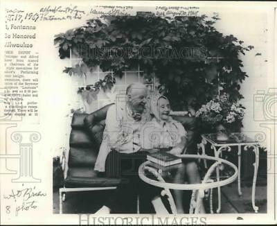 1968 Press Photo Alfred Lunt & Lynn Fontanne at their home, Ten Chimneys