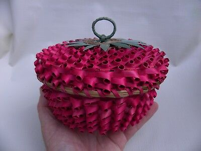 "Small Ash Splint STRAWBERRY Mohawk Basket 6 1/2 "" diameter x 3 3/4"" high"