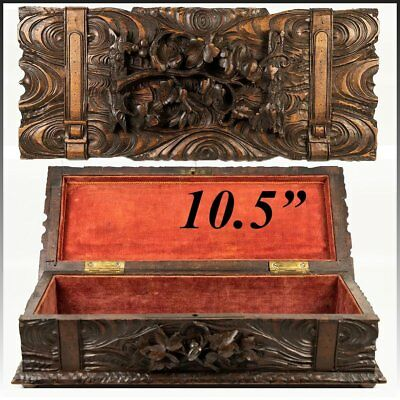 """Antique Black Forest Carved 10.5"""" Jewelry or Gloves Box, Casket, Wood, c.1880s"""