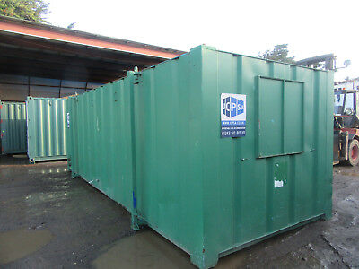 24ft x 9ft SLEEPER UNIT, SITE OFFICE WITH KITCHEN TOILET SHOWER £3000 + VAT