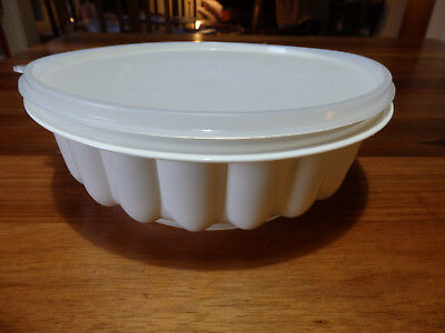 RetroTupperware Jelly Mould  Cream base, clear lid . Three piece.
