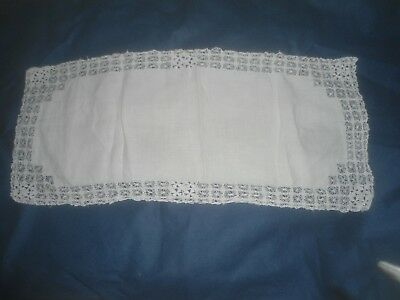 "A Vintage White Linen And Lace Table Runner/centre  27"" X 12"""