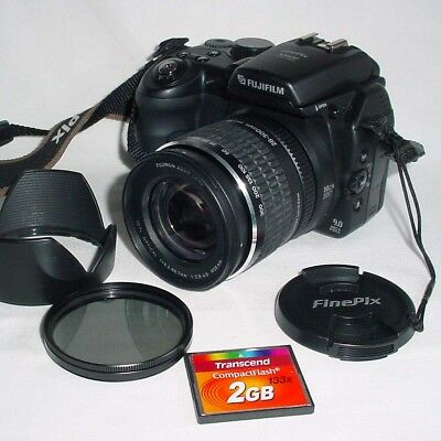 Fujifilm Finepix S9500 - 2Gb Card - Fully Tested - Superb Condition.