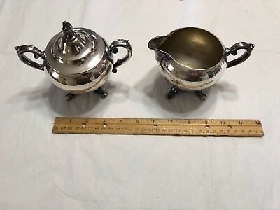 Vintage Silver plated Wm Rogers Creamer and Sugar Bowl with lid
