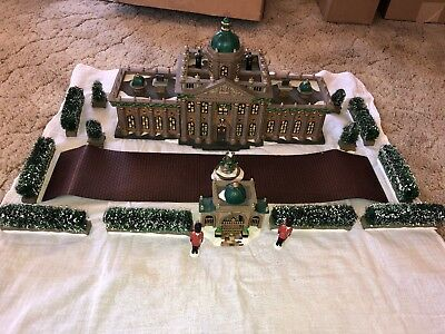 Department 56 Dickens' Village Series Ramsford Palace SET OF 17 56.58336