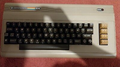 COMMODORE C64 BREADBIN case and keyboard only