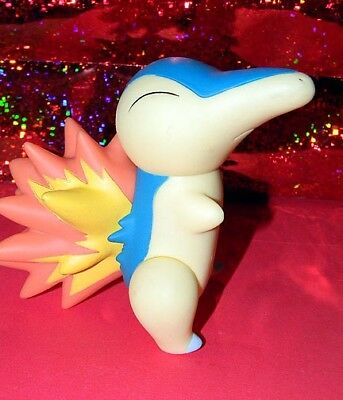 Vintage 2000 CYNDAQUIL Pokemon DX VINYL FIGURE Large 4 - 5 Inches TOMY