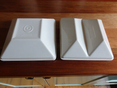 2 RetroTupperware Ivory Get Togethers. Small dip & chip Servers. 1386 & 1388-2