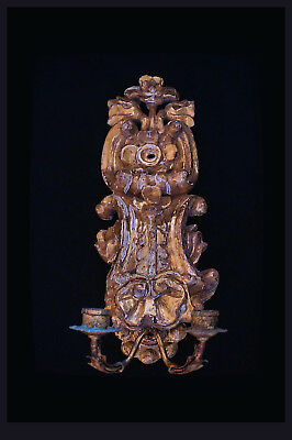 A Single French/Italian Louis XV Wood Carved Gilded 2 Arm Wall Applique. 40,0 H