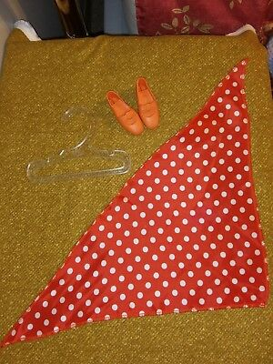 """Ideal Vintage Crissy """"The With It Knit"""" scarf HTF, Hanger & Orange Doll Shoes"""