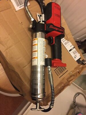 Snap On Tools Cordless 18v Lithium Battery Grease Gun Cgg8850 New Used Once