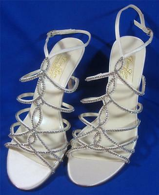 NEW Diane Lynn by Saugus Shoe Brie 41075D White Silk Size: 7 D