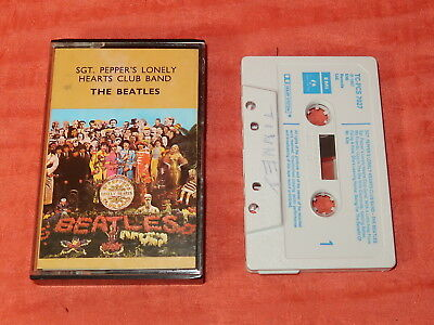 Cassette Tape - The Beatles Sgt Pepper's Lonely Hearts Club Band TC-PCS 7027