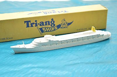 Triang Minic Ships  M.715 R.m.s Camberra