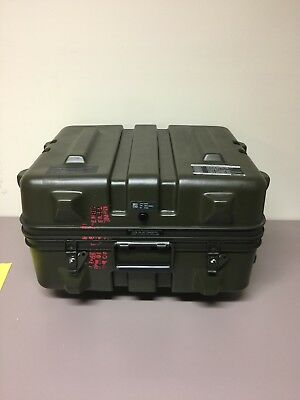 Thermodyne Shok-Stop 22x18x13 Pelican-type Hinged Lid Hard Plastic Transit Case