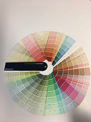 Benjamin Moore Classic color fan deck Thousands Of Colors Brand New