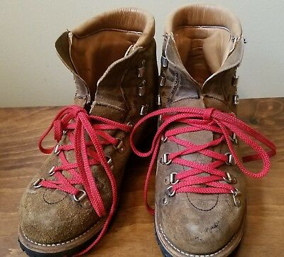 Women's 9M Vintage Dunham Brown Suede Leather Red Laces Hiking Boots Vibram