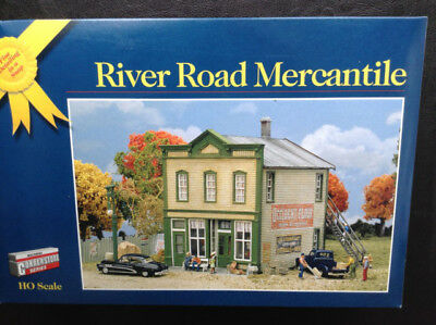 """Walthers Cornerstone Series HO """"River Road Mercantile"""" Model Railroad Structure"""