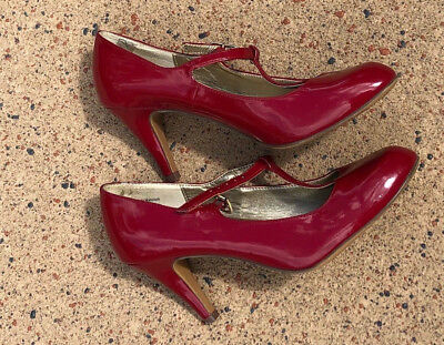 Kelly & Katie Red Patent Leather Mary Jane Heels Size 8