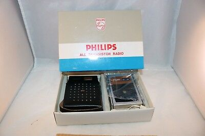 Philips 90 RL 071 all transistor pocket AM MW Band radio OLD SHOP STOCK MIB 1960