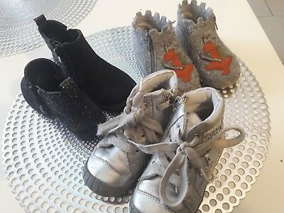 5c197cac8cf50 LOT CHAUSSURES FILLE taille 23 + soquettes - EUR 5